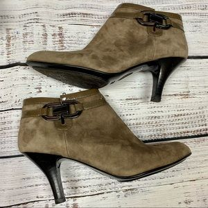 """SOFFT """"BELVEDERE"""" Brown Suede Zip Ankle Boots 9N"""